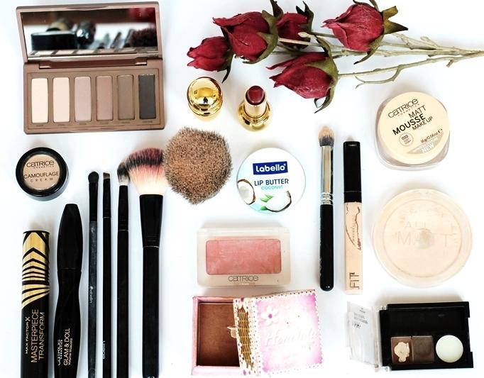 Tägliche Make-Up Routine