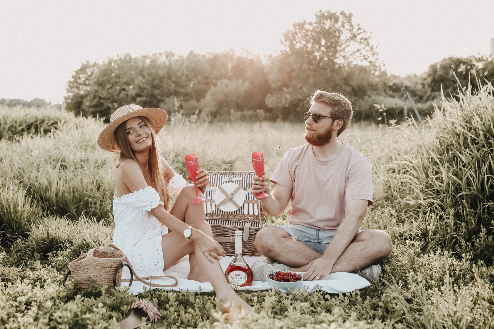 Cheers auf den Sommer: Laue Sommerabende mit Mateus Rosé